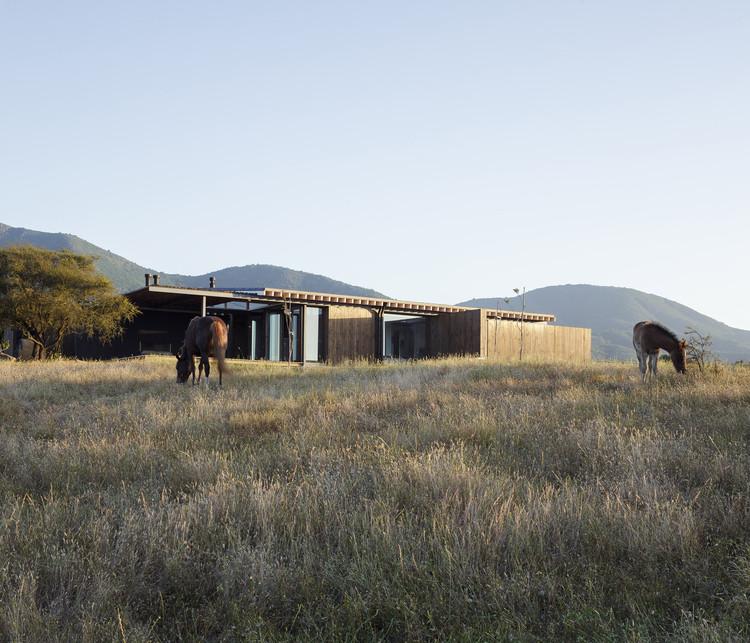 Tierras Blancas House / Gonzalo Claro, © Felipe Fontecilla