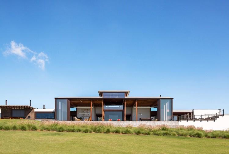 House ACP  / Candida Tabet Arquitetura, © Fran Parente