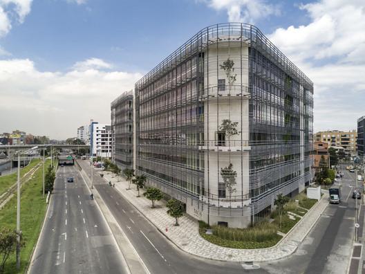NAOS - Campus Empresarial / Arquitectura en Estudio