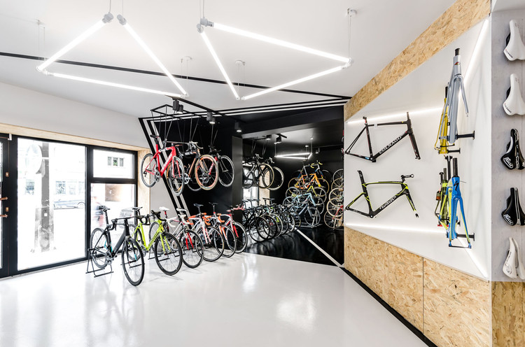 VÈLO7 Cycle Shop / mode:lina architekci, © Patryk Lewinski