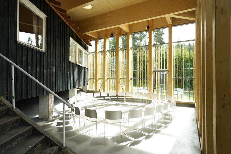 Hegnhuset Memorial and Learning Center / Blakstad Haffner Arkitekter, © Espen Grønli