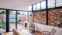 Brick House / Bastian Architecture
