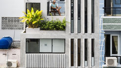 Casa 18 / Khuon Studio + Phan Khac Tung