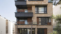 Boostan Apartment / Alidoost and Partners