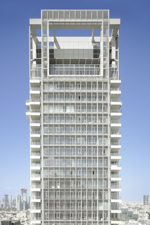 Rothschild Tower / Richard Meier & Partners, © Roland Halbe