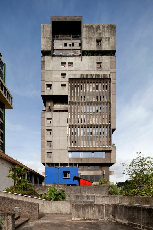 10 iconic brutalist buildings in latin america archdaily. Black Bedroom Furniture Sets. Home Design Ideas