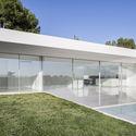House on the olive trees gallardo llopis arquitectos archdaily - Luengo arquitectos valencia ...