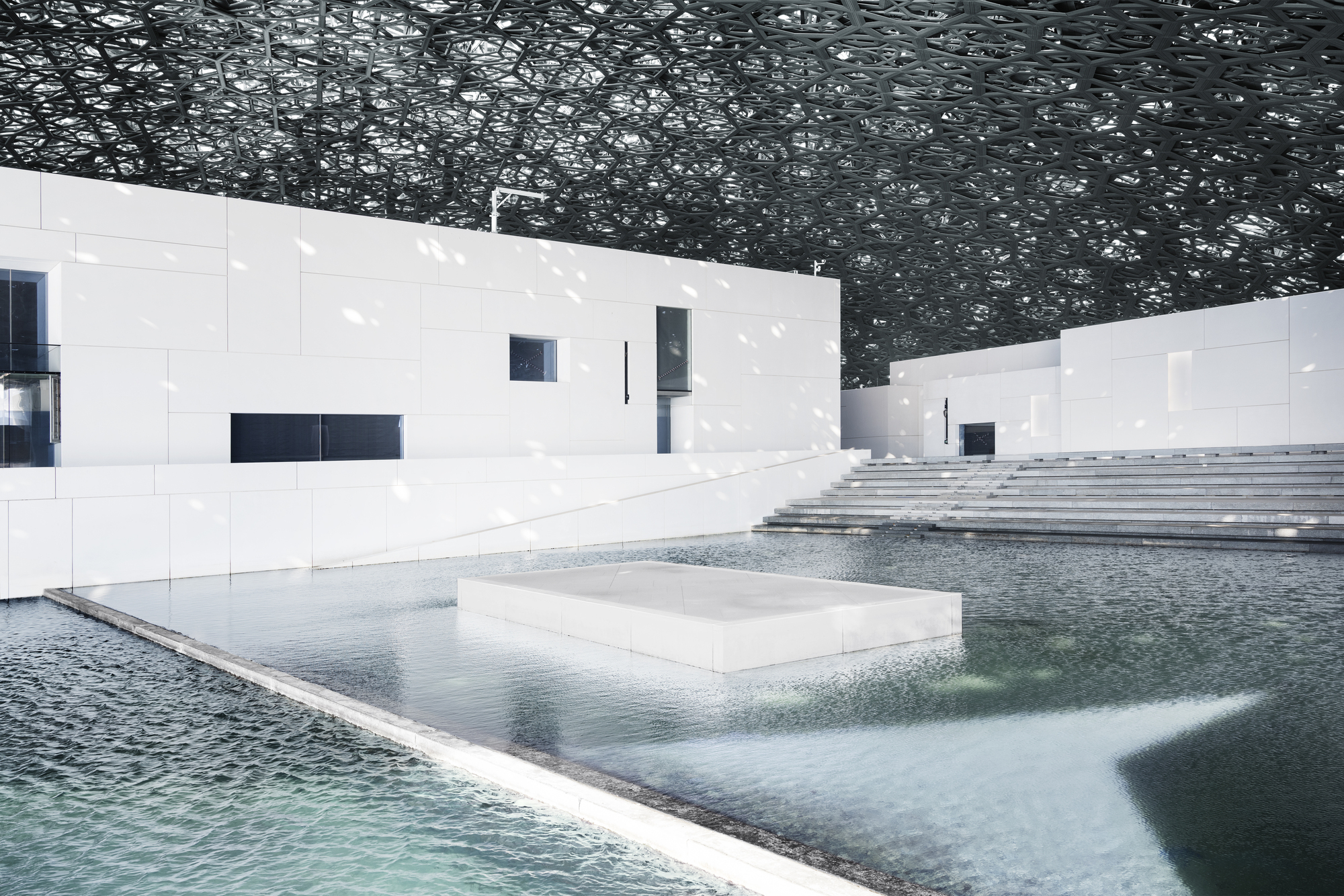 louvre abu dhabi announces november grand opening archdaily. Black Bedroom Furniture Sets. Home Design Ideas