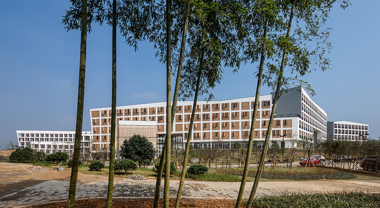 Dormitories in Zhejiang University / STI Studio from the Architectural Design & Research Institute of Zhejiang University, © Chunliu Yu, Yanlong Deng, Etc.