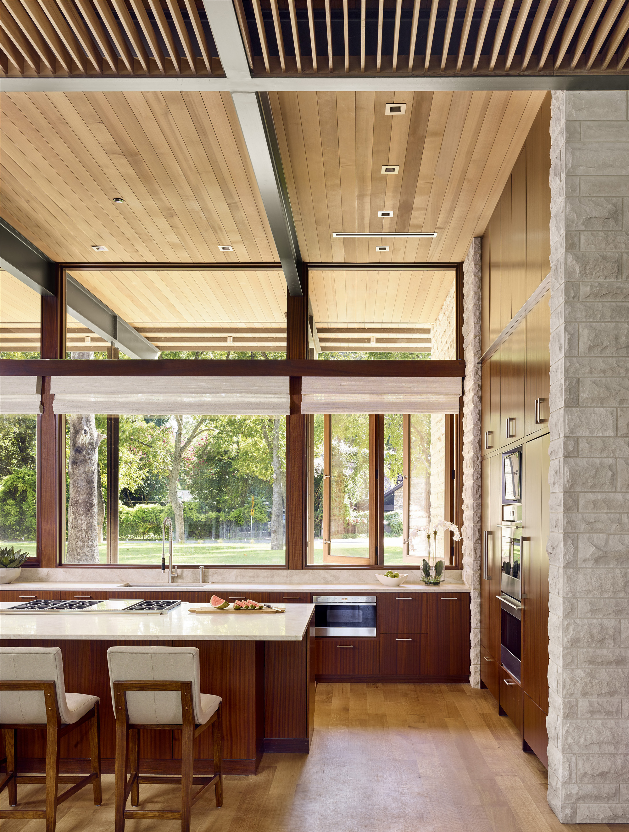 A Parallel Architecture gallery of lake austin residence / a parallel architecture - 14