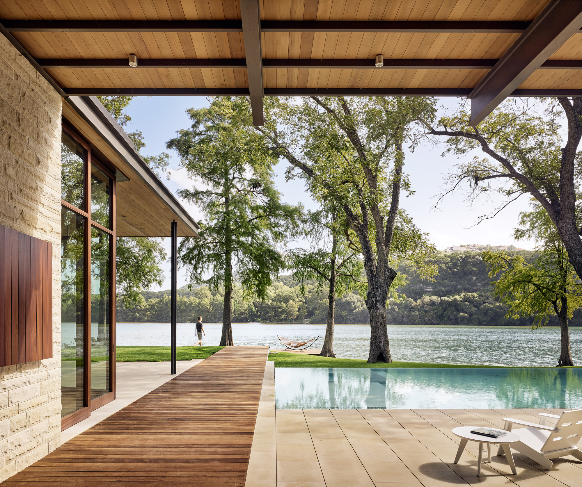 A Parallel Architecture gallery of lake austin residence / a parallel architecture - 7