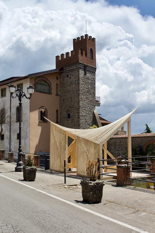 Breathtaking Italian Views Framed in Wood, © Lorenzo Massimiano