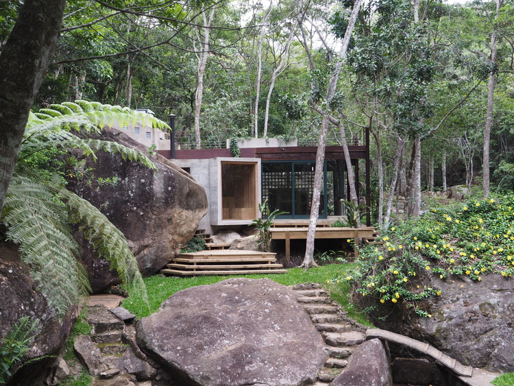 Natural Pool Support Pavilion Gaudenzi Arquitetura