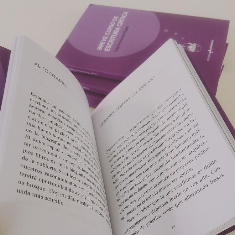 Breve curso de escritura cr tica ediciones asim tricas for Ediciones asimetricas