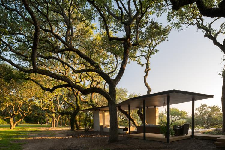 Pabellón La Grange / Murray Legge Architecture, © Leonid Furmansky