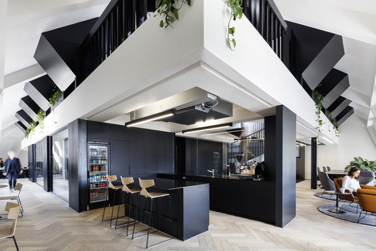 Oficina SLACK en Londres / ODOS architects