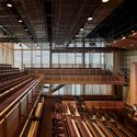 The Winsor School, Lubin O'Donnell Center for Performing Arts and Wellness; Boston / William Rawn Associates. Image © Robert Benson Photography