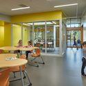 Northwood Elementary School; Mercer Island, Washington / Mahlum Architects. Image © Benjamin Benschneider