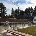 Cherry Crest Elementary School; Bellevue, Washington / NAC Architecture. Image © Benjamin Benschneider