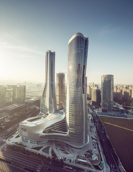 Raffles City Hangzhou / UNStudio, © Jin Xing