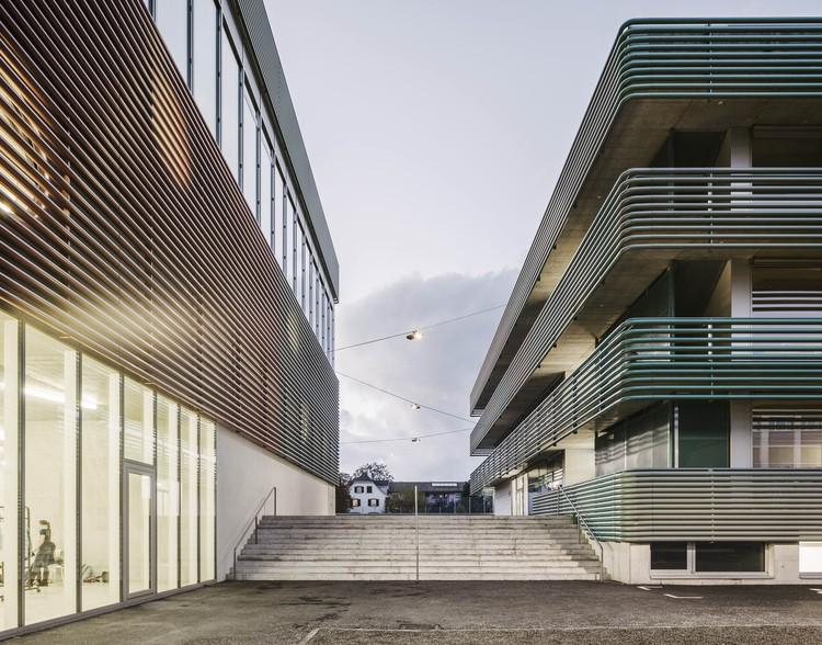 نمونه عکس های معماری مدرسه خارجی