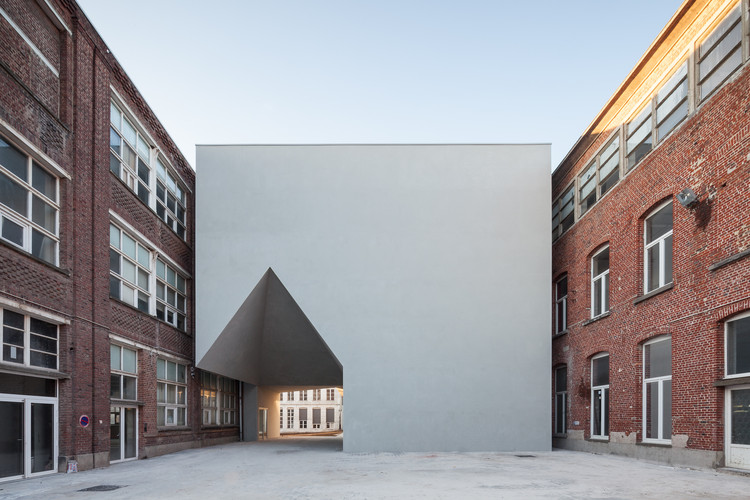 Faculdade de Arquitetura em Tournai / Aires Mateus, © Tim Van de Velde