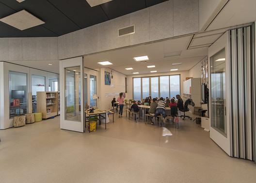 Ground floor open classes. Image © Daan Dijkmeijer and UArchitects