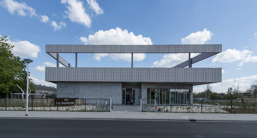 South side. Image © Daan Dijkmeijer and UArchitects