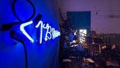 La educación y el arte vinculados en instalación artística bajo el lente de Gonzalo Viramonte