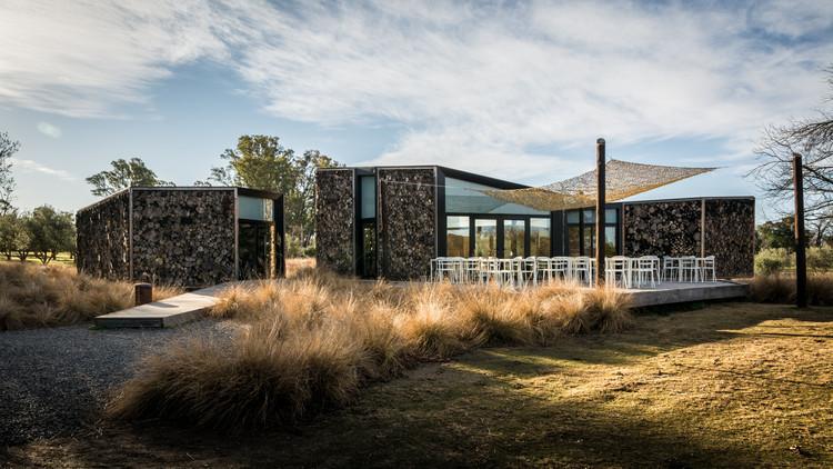 Club House Golf Estancia Pueblo La Paz / Morini Arquitectos, © Gonzalo Viramonte
