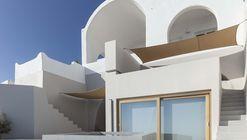 Dos Casas de Vacaciones en Firostefani / Kapsimalis Architects