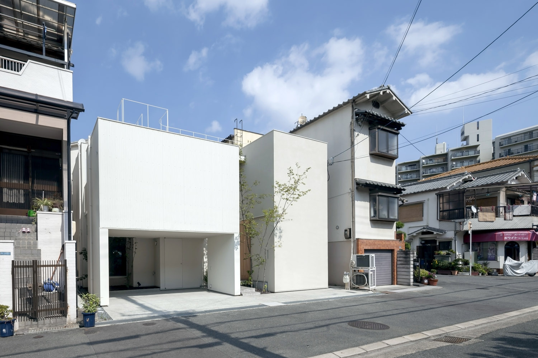 House in matsuyacho shogo aratani architect associates for Architect associates