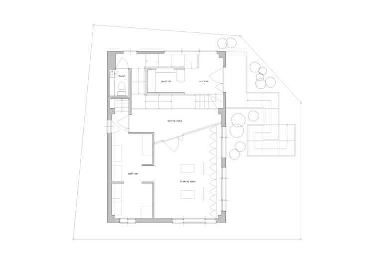 Dog salon rappa hidenori tsuboi architects archdaily for Dog grooming salon floor plans