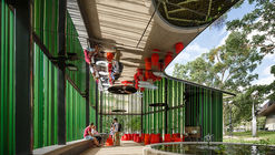 James Cook University Verandah Walk / Wilson Architects