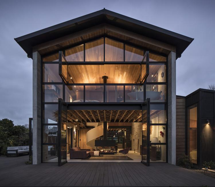 Anzac Bay House / Vaughn McQuarrie, © Simon Devitt