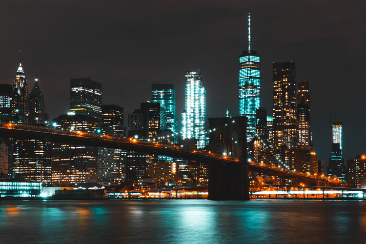 Are Smart Cities Doomed to Promote Inequality?, As the former Chief Urban Designer of New York City, Alexandros Washburn had to carefully consider whether technological developments were right for the city's residents. Image © <a href='https://www.pexels.com/photo/bridge-brooklyn-bridge-buildings-city-534757/'>Pexels user Kai Pilger</a> licensed under CC0