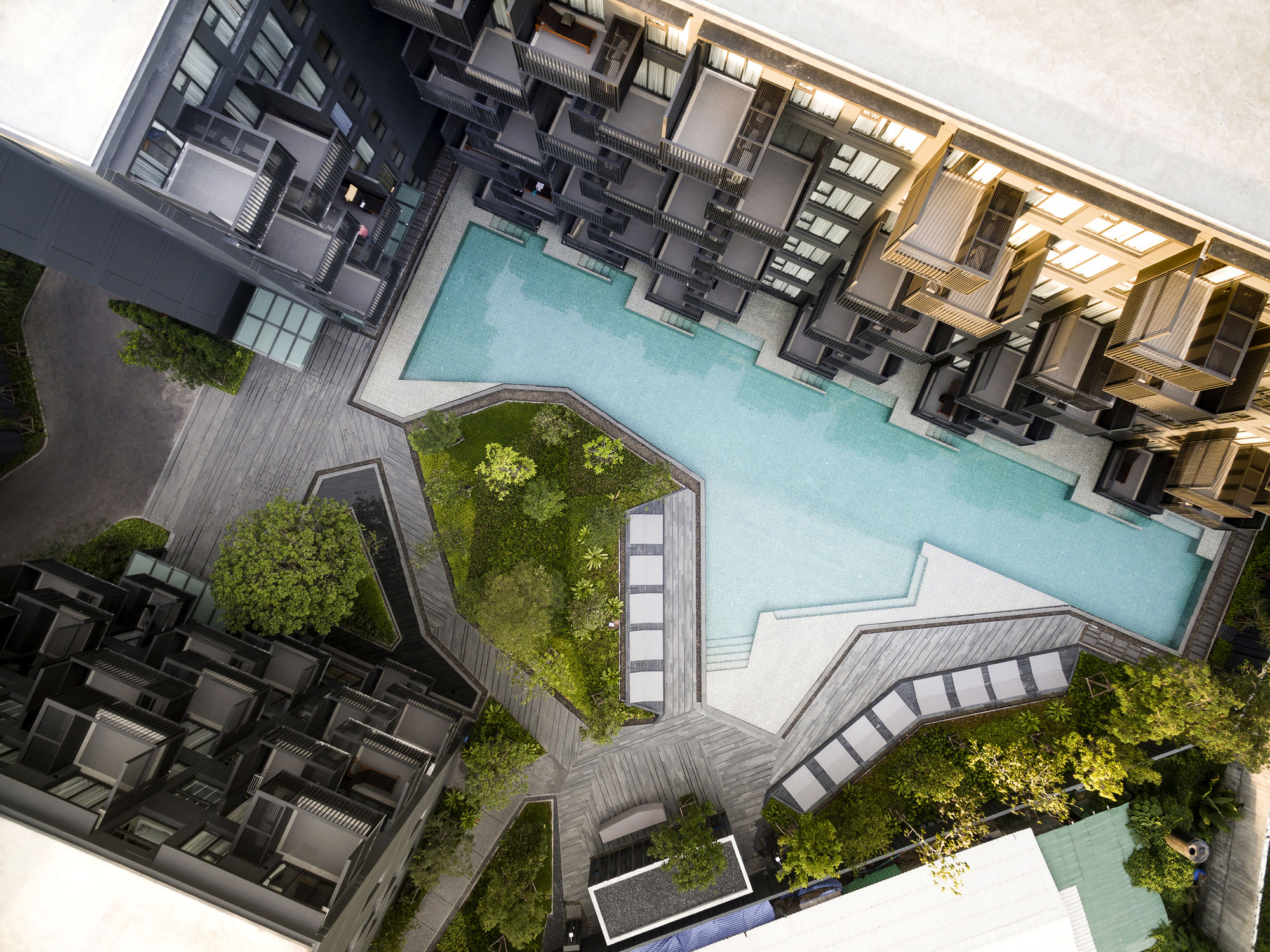 Gallery of the deck somdoon architects 3 for Garden design ideas thailand
