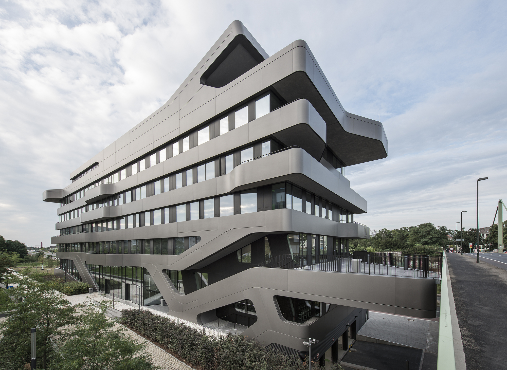 gallery of fom hochschule building in d sseldorf j mayer h architects 11. Black Bedroom Furniture Sets. Home Design Ideas