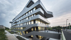 FOM Hochschule Building in Düsseldorf / J. Mayer H. Architects