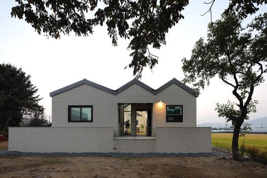 Living Room for Farmer  / SSA