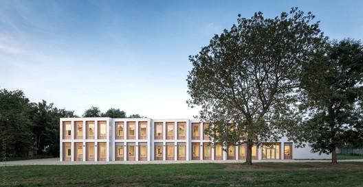 10 New Classrooms - Marcinelle / LT2A + OPEN ARCHITECTES
