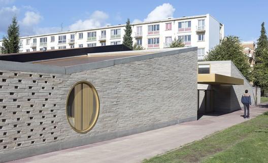 School Extension La Fontaine / LT2A