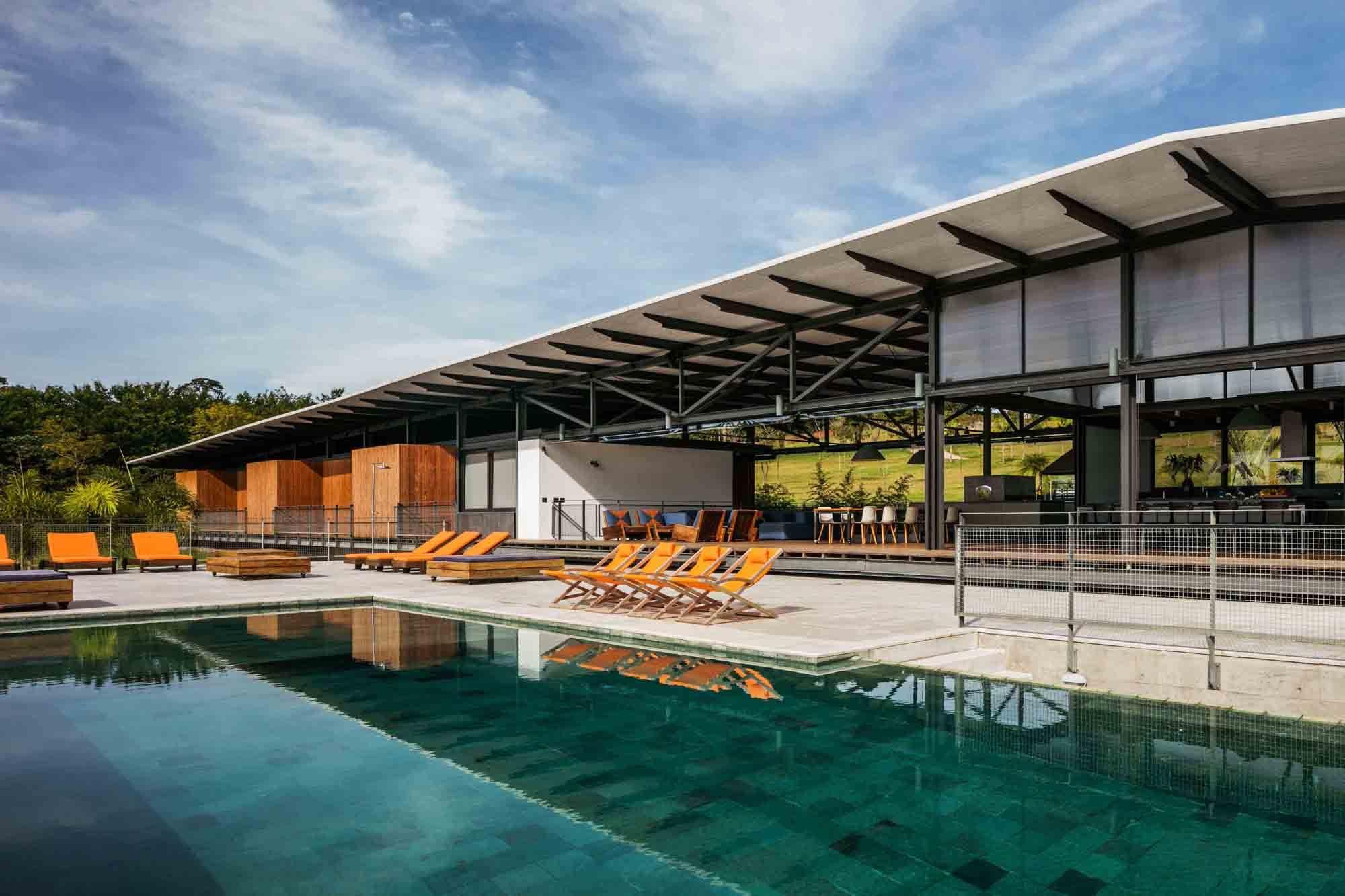 Residência Piracaia / Nitsche Arquitetos