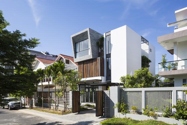 NhaTrang House / K.A Studio, © Hiroyuki Oki