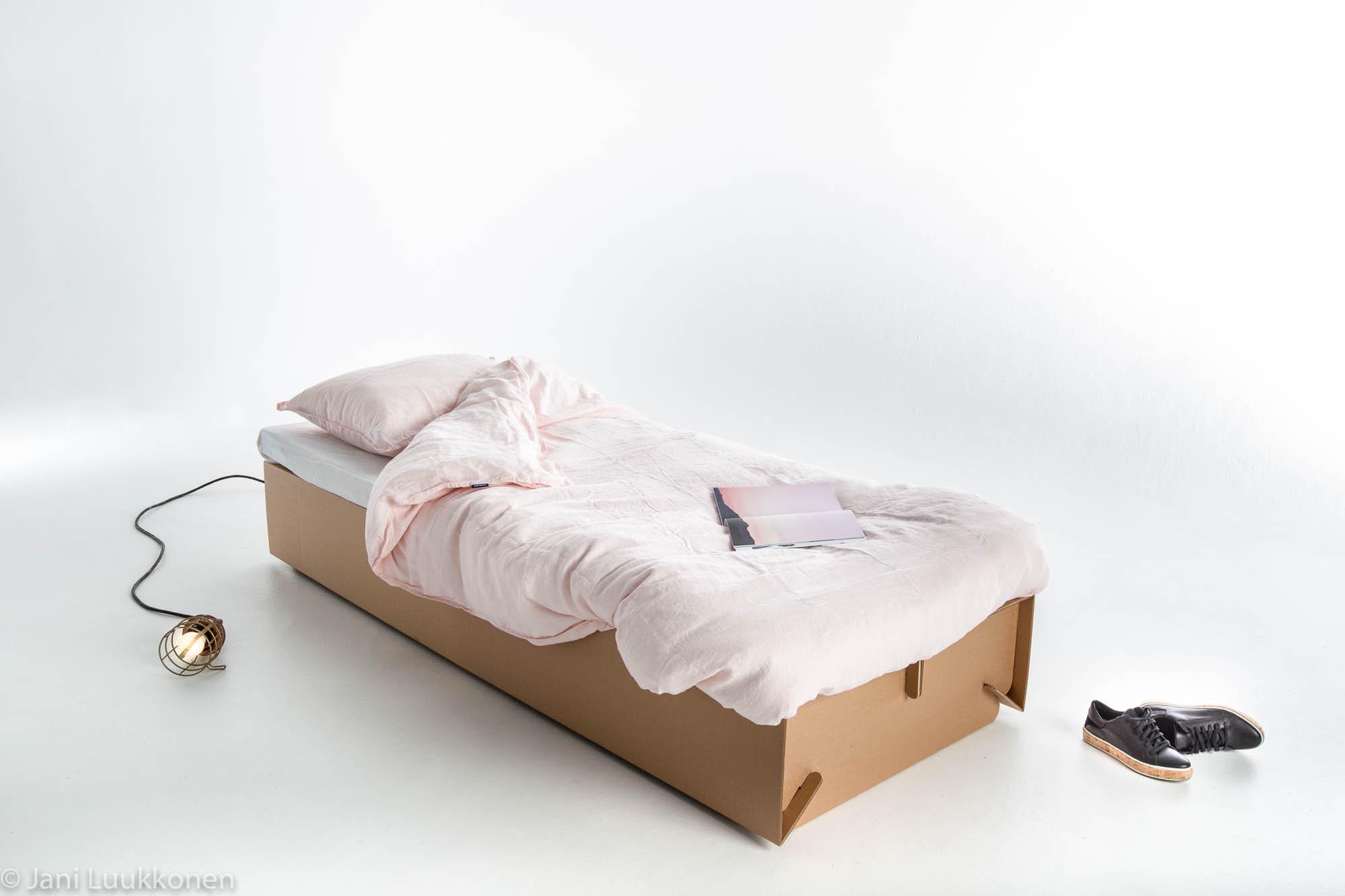 Galería de Estudiantes diseñan muebles temporales para refugiados en ...