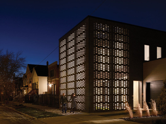 Brick-Weave House / Studio Gang. Image © Hedrich Blessing