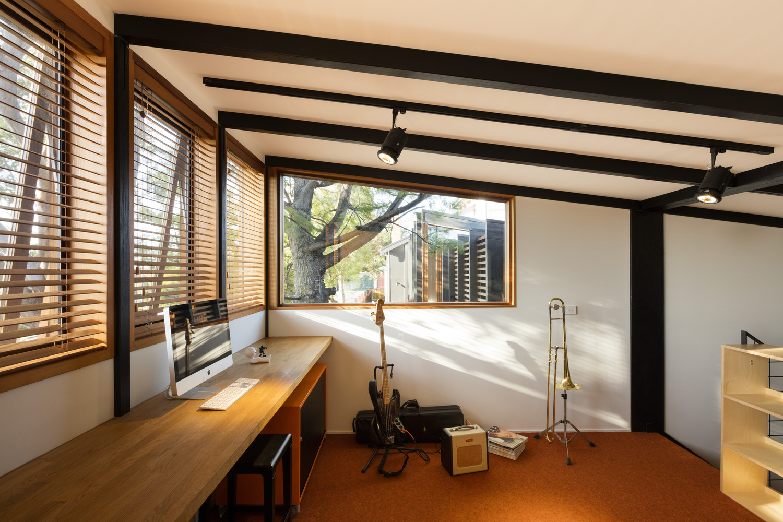 Rhythm house delia teschendorff architecture