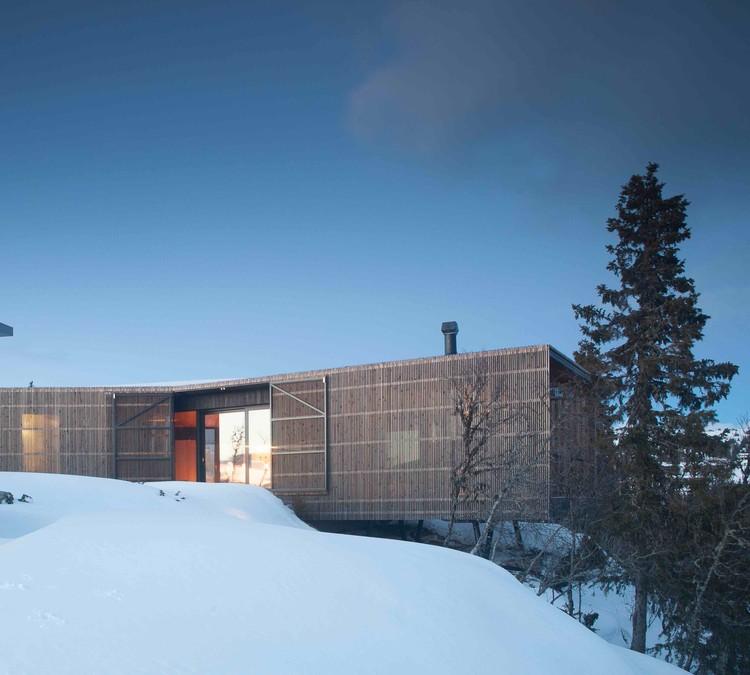 Cabina Kvitfjell  / Lund Hagem Architects, © Sam Hughes