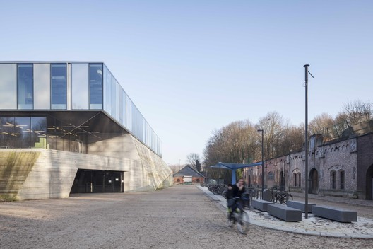 Topsportschool Antwerp  / Compagnie O Architects