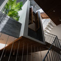 BLINDS TOWNHOUSE / CHON.A